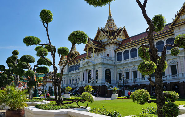 Bangkok City and Old Temples