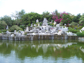 Million Years Stone Park and Crocodile Farm