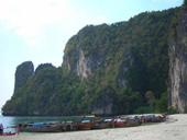 Speedboat charter PhiPhi Island