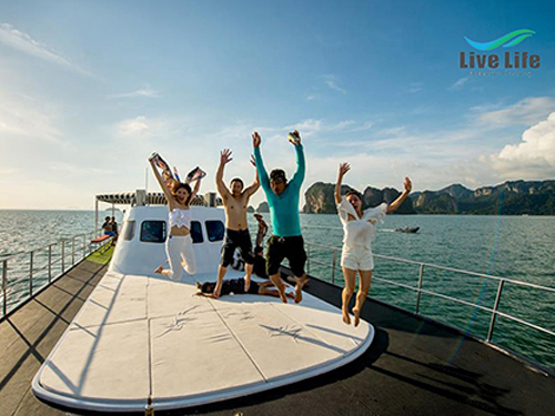 Luxury Sunset Cruise by Live Life